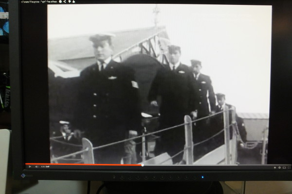 דן מנור ז״ל, מתוך סרט השקת הצוללת בפורסמוט. 9 ינואר 1968 (בדקה 3:44 - 3:47)
